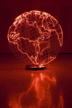 Mona Hatoum, Hot Spot III, 2009. Stainless steel and neon tube, 92 1/8 x 8 13/16 x 87 13/16 in. (234 x 223 x 223 cm)