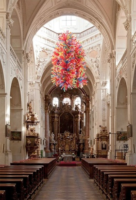 Choi Jeonghwa, Beautiful! Beautiful Life, 2012. 5000 balloons. Site-specific installation at St. Salvator, the Academic Parish of the Holy Savior in Prague.