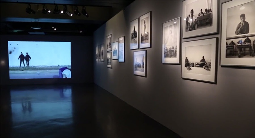 Installation view, Le Maroc Contemporain, 2014–15, at the Institut du Monde Arabe, Paris.