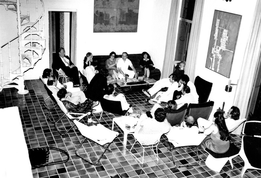 Photograph from the Chadirji collection showing gathering at Rifat Chadirji's house in Baghdad, early 1980s.