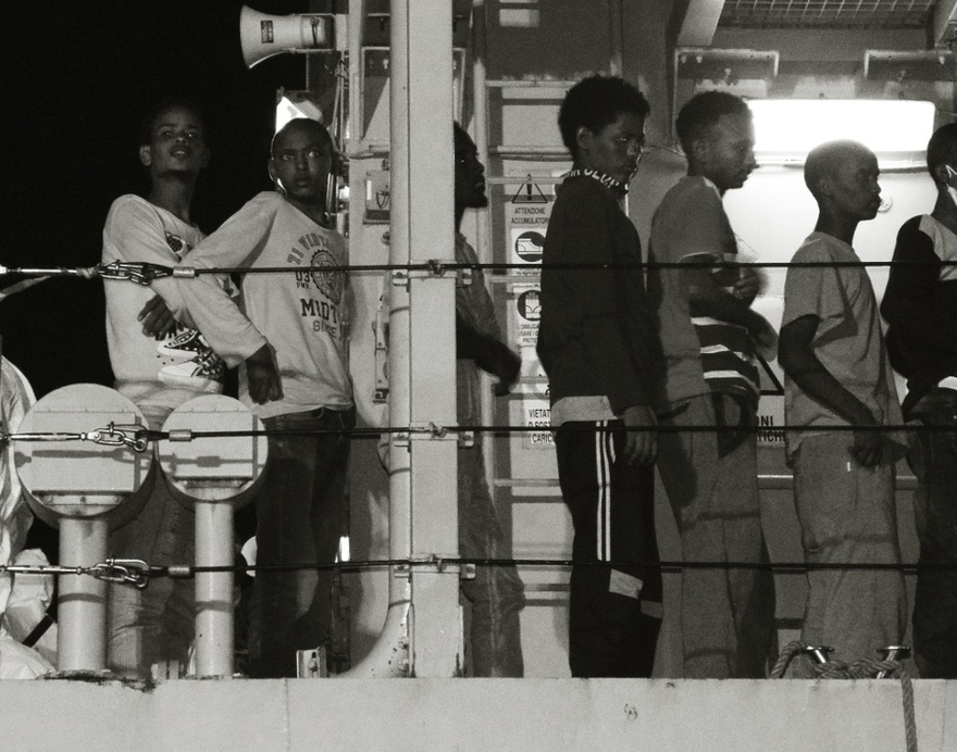 Migrants arriving in Vibo Marina.